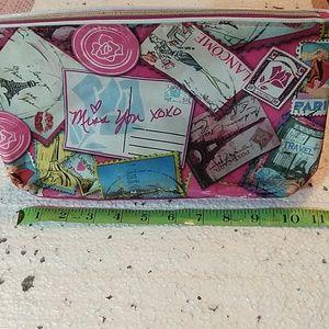 Paris themed make up bag